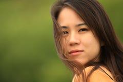 Aziatische Jonge Vrouw Stock Afbeeldingen