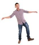 Aziatische mens die zorgvuldig lopen stock afbeelding