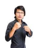 Aziatische mens klaar te vechten Stock Afbeeldingen