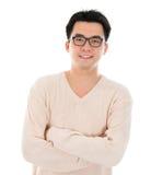 Aziatische mens in vrijetijdskleding Royalty-vrije Stock Foto's