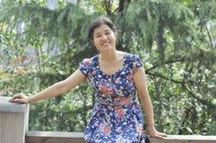 Aziatische rijpe vrouw Stock Foto's