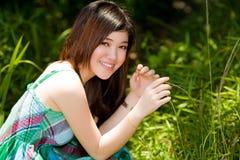 Aziatische schoonheid openlucht stock foto's
