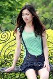 Aziatische schoonheid in openlucht Stock Foto