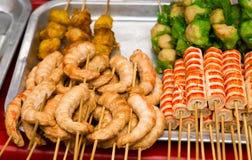Aziatische snack met krabvlees stock afbeeldingen