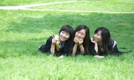 Aziatische studenten royalty-vrije stock afbeeldingen