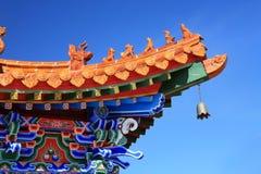 Aziatische tempel met de blauwe hemel Royalty-vrije Stock Fotografie