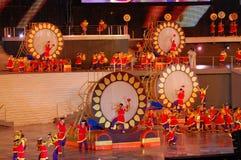 Aziatische trommelprestaties Stock Foto
