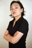 Aziatische vrouw die kijker bekijkt royalty-vrije stock foto's