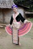 Aziatische vrouw Laos in traditionele kleren, Hmong stock fotografie