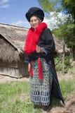 Aziatische vrouw met kleding in Laos, Yao royalty-vrije stock afbeeldingen