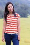 Aziatische vrouw met padieveld in Thailand Royalty-vrije Stock Fotografie