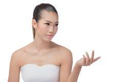 Aziatische vrouw met schoonheidsgezicht stock foto