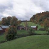Azienda agricola classica nella caduta Immagine Stock