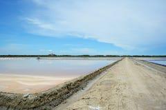 Azienda agricola del sale a Petchaburi, Tailandia Immagine Stock Libera da Diritti