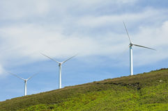 Azienda agricola delle turbine di vento, intervallo di Elgea (paese basco) Fotografia Stock