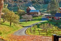 Azienda agricola dello Sleepy Hollow al giorno soleggiato di autunno in Woodstock, Vermont, immagine stock