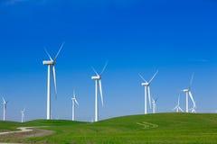 Azienda agricola di vento con cielo blu Immagine Stock Libera da Diritti