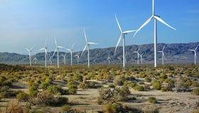 Azienda agricola e matrice del generatore eolico Fotografie Stock