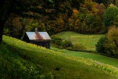Azienda agricola & granaio rustici - autunno - Woodstock, Vermont immagini stock