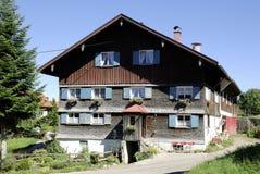 Azienda agricola nel Allgaeu in Baviera Immagini Stock
