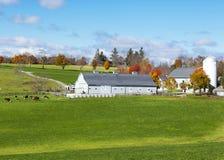 Azienda agricola tradizionale della Nuova Inghilterra immagini stock libere da diritti