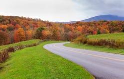 Azionamento del Ridge Parkway North Carolina Autumn blu Fotografia Stock Libera da Diritti