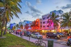 Azionamento dell'oceano in spiaggia del sud Miami Immagine Stock