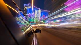 Azionamento della città di notte in macchina Fotografie Stock Libere da Diritti