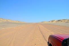 Azionamento della costa di scheletro, la Namibia Immagine Stock