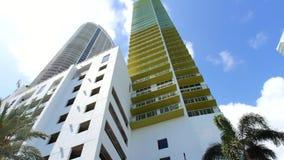 Azionamento di Bayshore di architettura di Miami del metraggio di moto del giunto cardanico archivi video