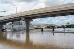 Azionamento di incoronazione di Brisbane durante la grande inondazione Fotografia Stock Libera da Diritti