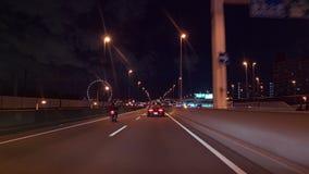 Azionamento di notte - radice 357 della via della baia del Giappone video d archivio