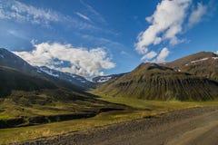 Azionamento nordico del rospo della montagna dell'Islanda a nord di Skagafjörður Immagini Stock Libere da Diritti
