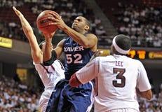 Azione 2011-12 di pallacanestro del NCAA Fotografia Stock