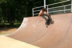 Azione del skateboarder Immagine Stock Libera da Diritti