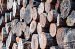 Azione della catasta di legna vedute da un angolo di 45 gradi Fotografia Stock