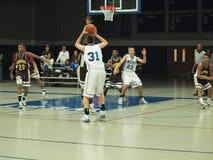 Azione di pallacanestro Fotografie Stock