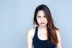 azione divertente di signora asiatica fotografie stock libere da diritti