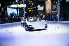 Azja Chiny, Pekin, 2016 międzynarodowych samochodów wystaw, Salowa powystawowa sala, Elektryczny sporta samochód przyszłość K50 Obraz Stock