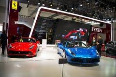 Azja Chiny, Pekin, 2016 międzynarodowych samochodów wystaw, Salowa powystawowa sala, Postępowy sporta samochód, Ferrari Zdjęcie Stock