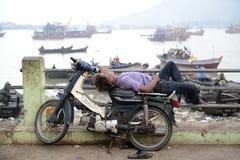 AZJA MYANMAR MYEIK miasta ludzie Obrazy Royalty Free