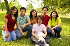 azjaci nastolatki grupowe Obrazy Stock