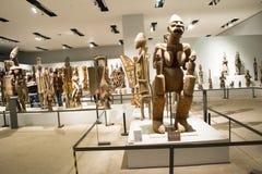 Azjata Chiny, Pekin, muzeum narodowe, salowa powystawowa sala, Afryka drewniany cyzelowanie Obrazy Stock