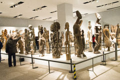 Azjata Chiny, Pekin, muzeum narodowe, salowa powystawowa sala, Afryka drewniany cyzelowanie Obraz Royalty Free