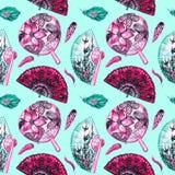 Azjata wachluje z czereśniowym okwitnięciem, dymówkami i round z lotosami, hiszpańszczyzny z czarnymi maczkami, piórka royalty ilustracja