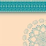 Azjatyccy henna słonie błękitni i kremowy rabatowy projekt z przestrzenią dla teksta Obrazy Stock