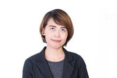 Azjatyccy ludzie: Piękny mądrze młodej damy spojrzenie z ukosa na białym tle zdjęcia stock
