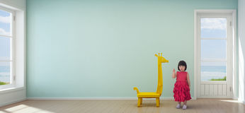 Azjatycka dziecko dziewczyna w dzieciaka pokoju nowożytny plażowy dom z pustym turkus ściany tłem Obrazy Royalty Free
