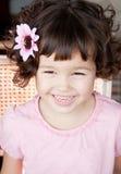 Azjatycka dziewczyna z kędzierzawym krótkim włosy Obraz Stock
