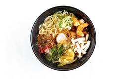 Azjatycka polewka, japońska kuchnia - Udon kluski zdjęcie royalty free